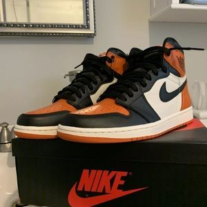 Air Jordan 1 shattered backboard 1.0